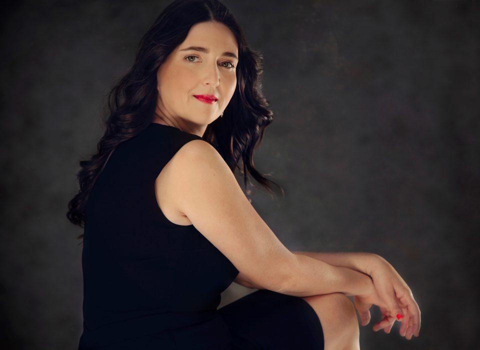séance photo portrait de femme en studio