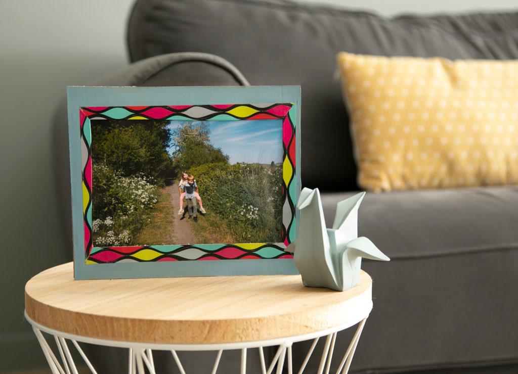 cadre photo en carton et décoré avec du masking tape